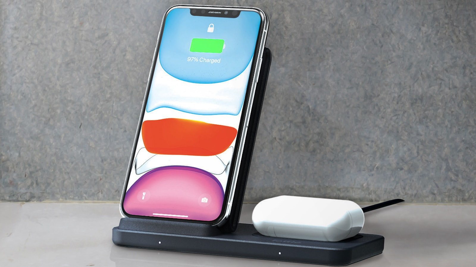 iOttie iON Wireless Duo Qi-enabled charging stand charges two devices at the same time