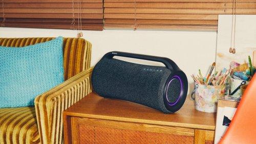 Sony SRS-XG500 X-Series wireless Bluetooth party speaker has IP66 water resistance