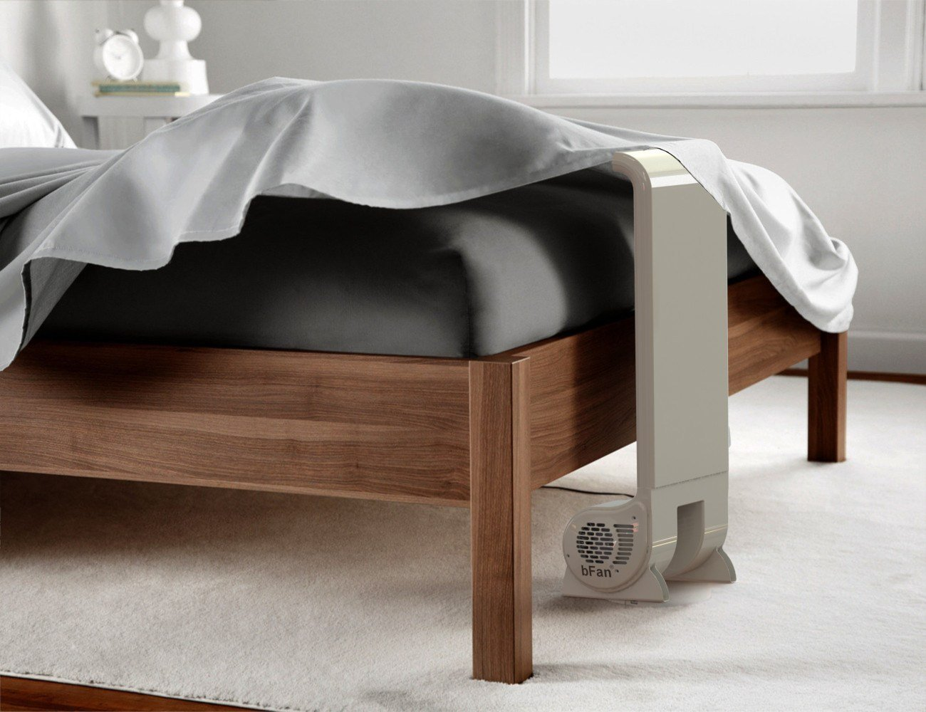 Must-have bedroom gadgets for summer 2021