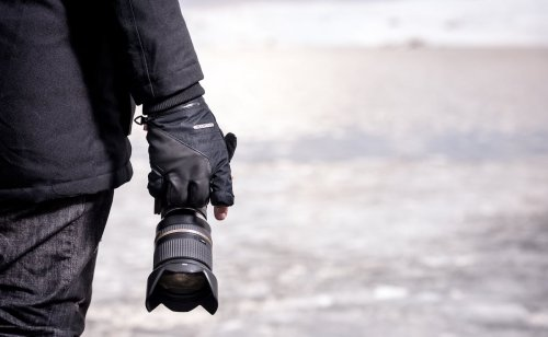 Vallerret Markhof Pro 2.0 Ergonomic Photography Gloves help you shoot in any weather