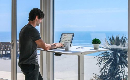 Autonomous SmartDesk 2 Business Edition Standing Desk improves your health and wellness in the workplace