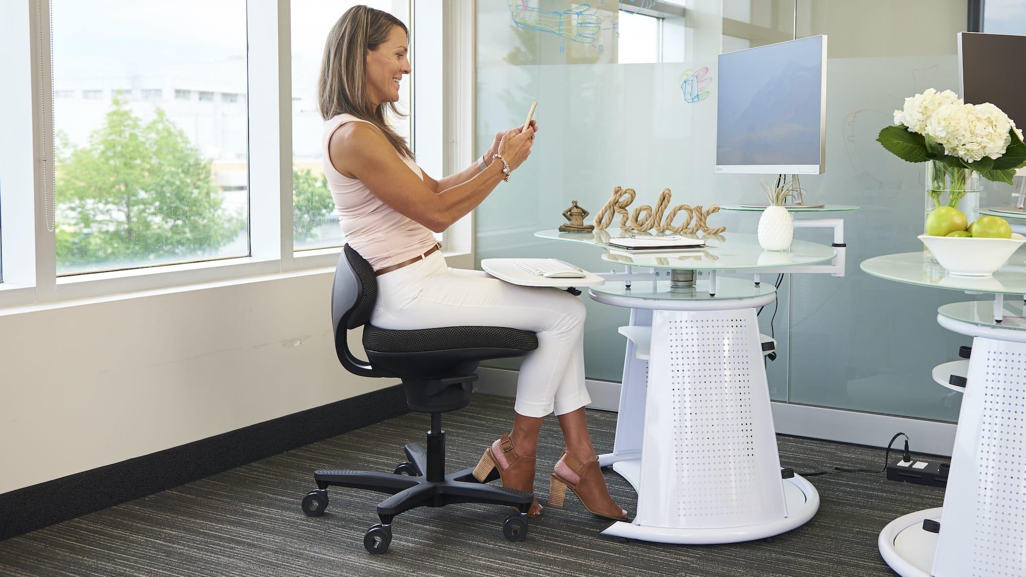 CoreChair active sitting desk chair promotes optimal sitting posture & encourages movement