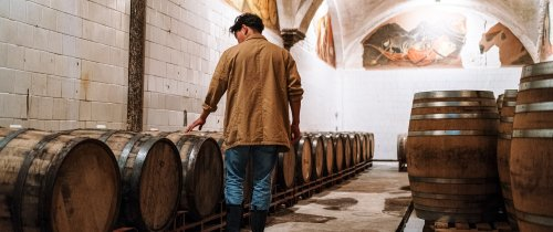 Here's why you should be buying your whisky by the barrel