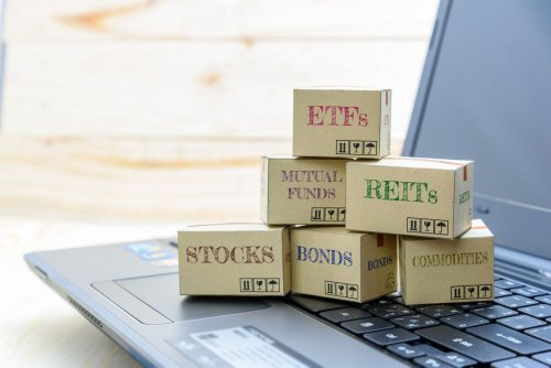 ETFs are healthier retirement options, so why don't more advisers use them?