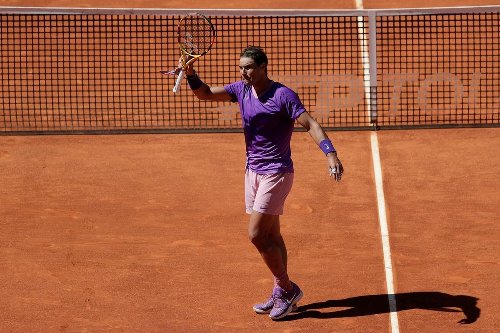 Rafael Nadal reaches Madrid Open quarter-finals, Barty into final