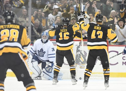 Short-handed Pittsburgh Penguins annihilate Maple Leafs 7-1