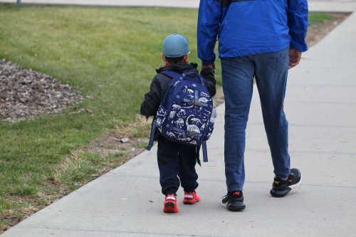 Absentee rates at Alberta schools soar, but the government refuses to disclose COVID-19 numbers