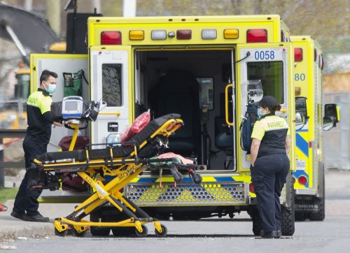 Montreal-area paramedics union announces strike; says medical care will not be affected