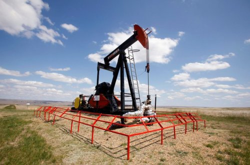 Top stock picks in Canadian oil sector