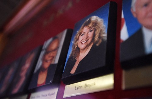 Lynn Beyak announces retirement from the Senate