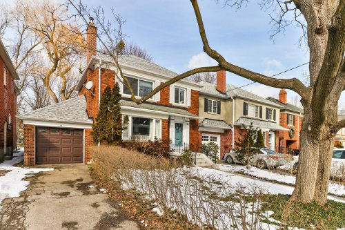 Prime location helps Toronto home sell for over-asking after one week on market