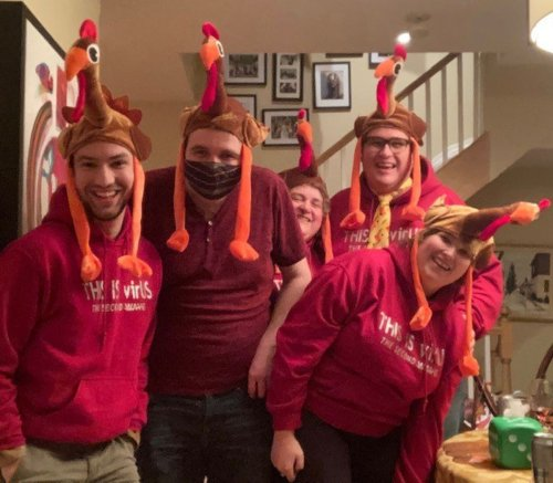 Canadians create COVID-era Thanksgiving traditions as cases climb, restrictions mount