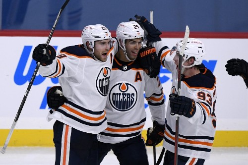 Leon Draisaitl's game-winner with less than one second left pushes Oilers over Jets