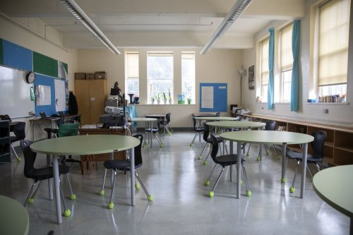Vancouver study reassures parents, teachers that COVID-19 infrequently shared at school