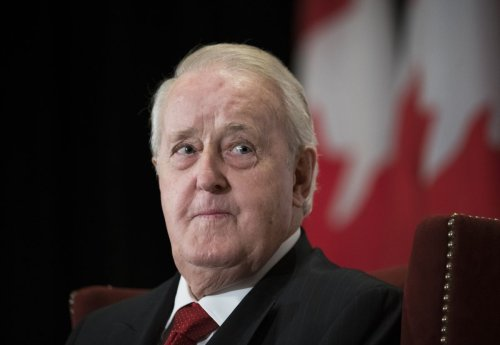 Brian Mulroney urges 'immediate and urgent rethink' of relations with China