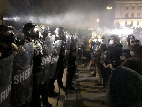 Wisconsin Governor calls in National Guard as protests erupt over police shooting of Black man