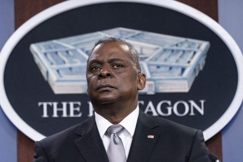 Pentagon chief declares 'ironclad' U.S. commitment to Israel