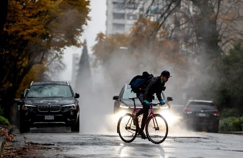 Vancouver to ask residents who want to park on any city street to get a permit