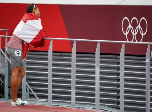 Andre De Grasse secures Tokyo Olympic 100-m bronze against backdrop of unsettling false starts and lacklustre atmosphere
