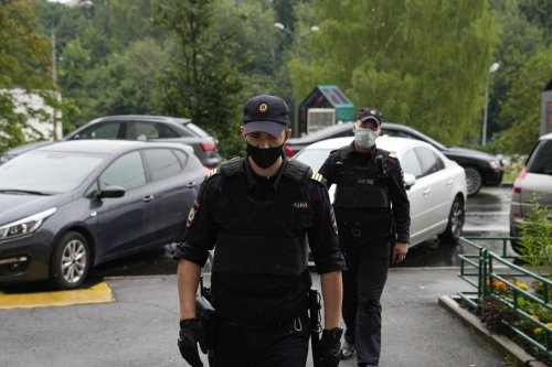 Russian police raid home of another investigative journalist