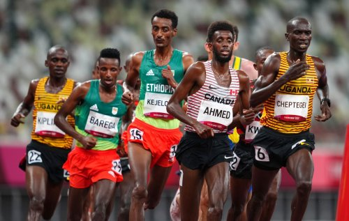 Canada's Mohammed Ahmed finishes sixth in 10,000 metres at Tokyo Olympics, losing lead on final lap