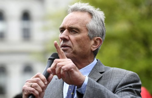 Robert F. Kennedy Jr. removed from Instagram for posting false COVID-19 claims