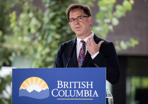 B.C.'s contact tracing 'on the edge' as COVID cases overwhelm