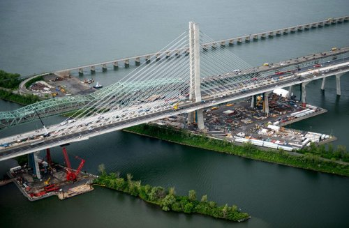 SNC-Lavalin suing government for damages over Montreal's Champlain Bridge