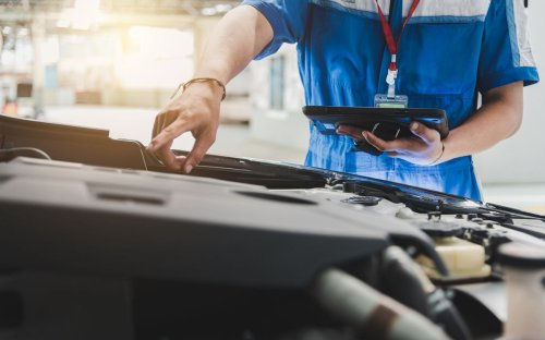 Why don't auto technicians have the power to stop unsafe cars from going out on the road?