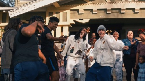 Justin Bieber and Quavo inspire fans to donate to L.A women's shelter with music video 'Intentions' - TheGrio