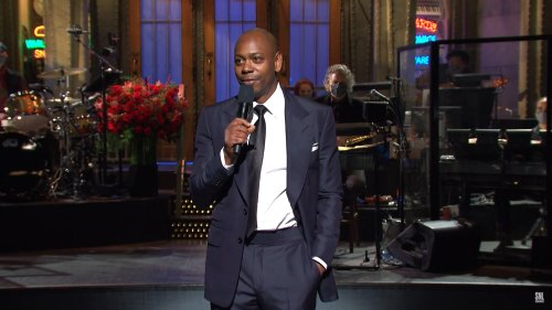 Dave Chappelle on SNL delivers biting commentary on Trump, race
