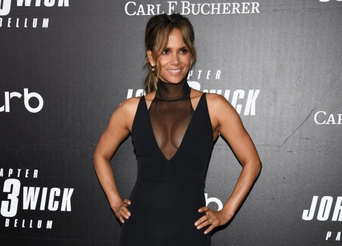 Halle Berry responds to fan who says she loves Van Hunt 'more than he loves' her - TheGrio