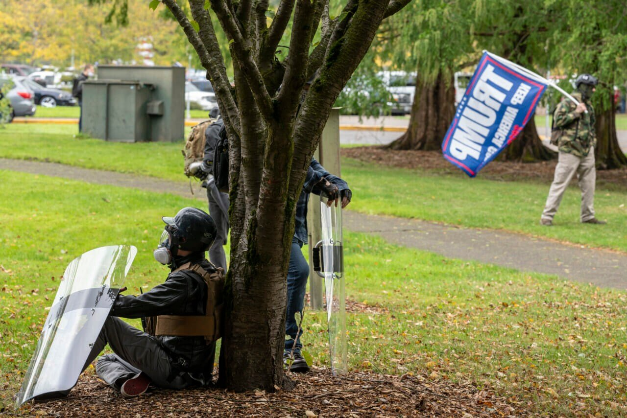 Police: 3 arrests at right-wing rally in Portland, Oregon