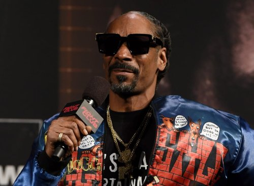 Snoop Dogg remembers first meeting with DMX: 'Legends never die' - TheGrio