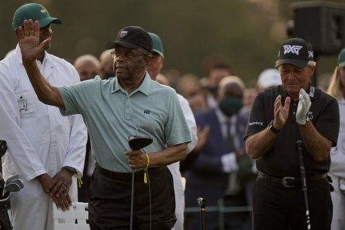 The Masters honors Lee Elder, first Black golfer to play tournament in 1975