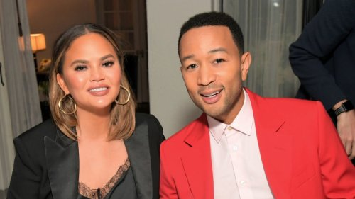 Chrissy Teigen clowns Trump for attacking her and husband John Legend on Twitter - TheGrio