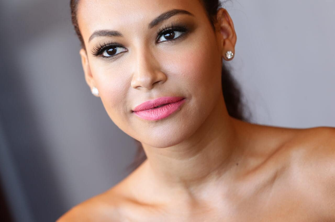 Naya Rivera lifted son in boat, cried for help before drowning, autopsy says