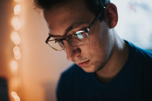What Is the 20-20-20 Rule? Here's How It Can Ease Digital Eye Strain