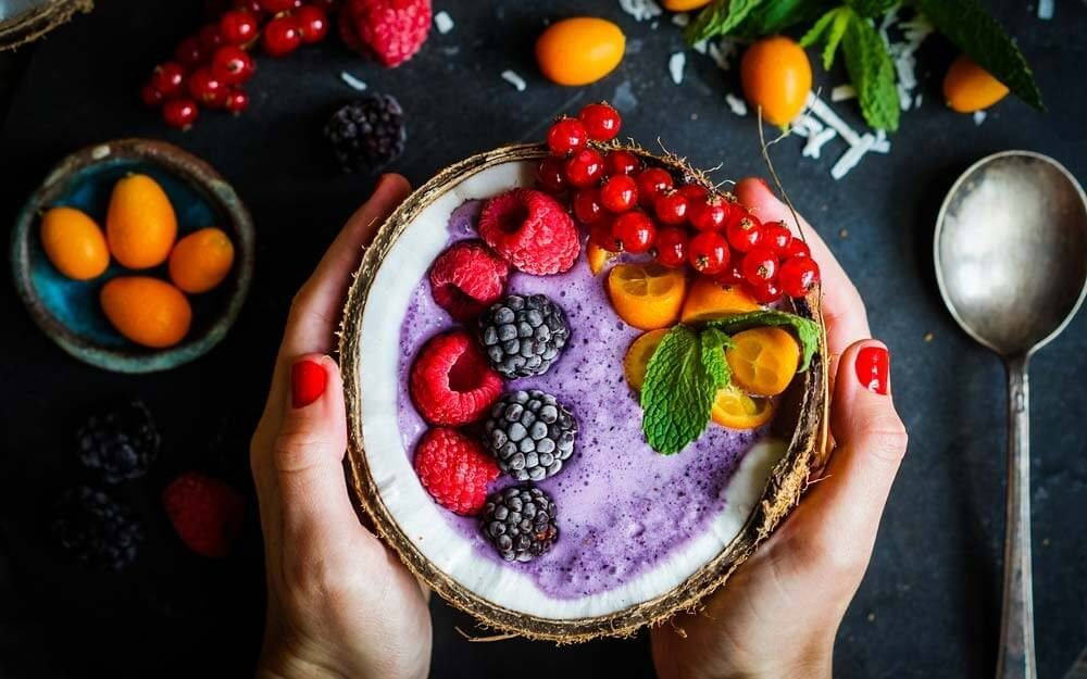 10 Healthier Ways to Top Greek Yogurt for Breakfast