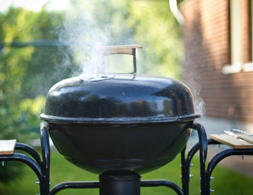 16 Healthy Grilling Tips From Food Safety Experts