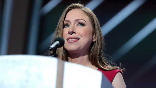 Chelsea Clinton calls on Facebook to ban Tucker Carlson