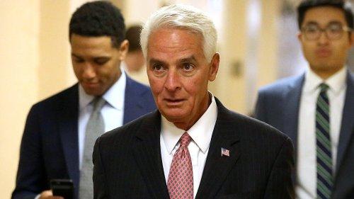 Florida poll: DeSantis falls behind Crist as COVID-19 cases surge