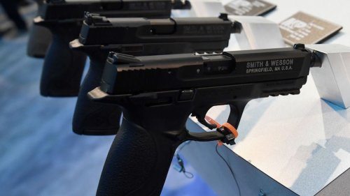Texas Senate approves bill allowing people to carry handguns without license