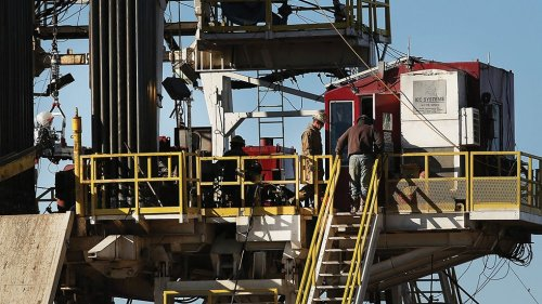 Nearly 400 state and local officials call for ban on new fracking permits