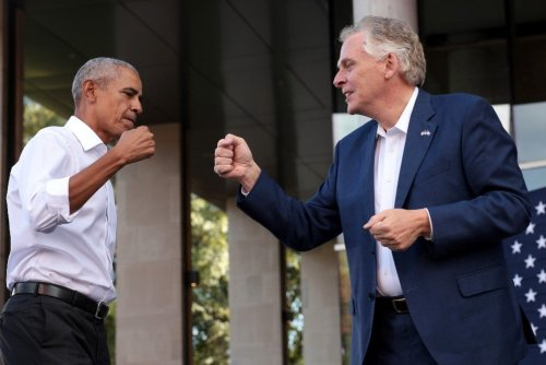 Obama gives fiery speech for McAuliffe: 'Don't sit this one out'