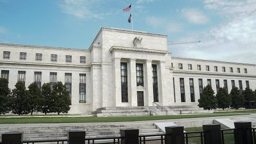 Advocacy groups call for removal of Federal Reserve officials over trades while in office