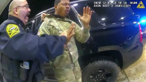 Army officer sues police for pepper-spraying him, drawing guns during traffic stop