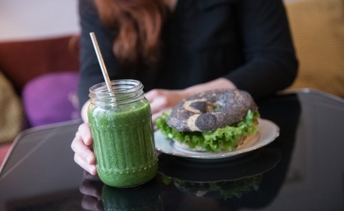 Vegetarians who drink and smoke a lot are still healthier than meat-eaters, big new study finds