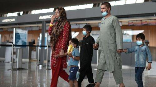 Republicans criticizing Afghan refugees face risks