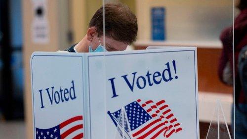 GOP blocks Senate Democrats' revised elections bill